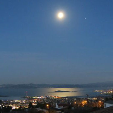 Bay Views from Berkeley hills, February 2016. Early morning moonlight